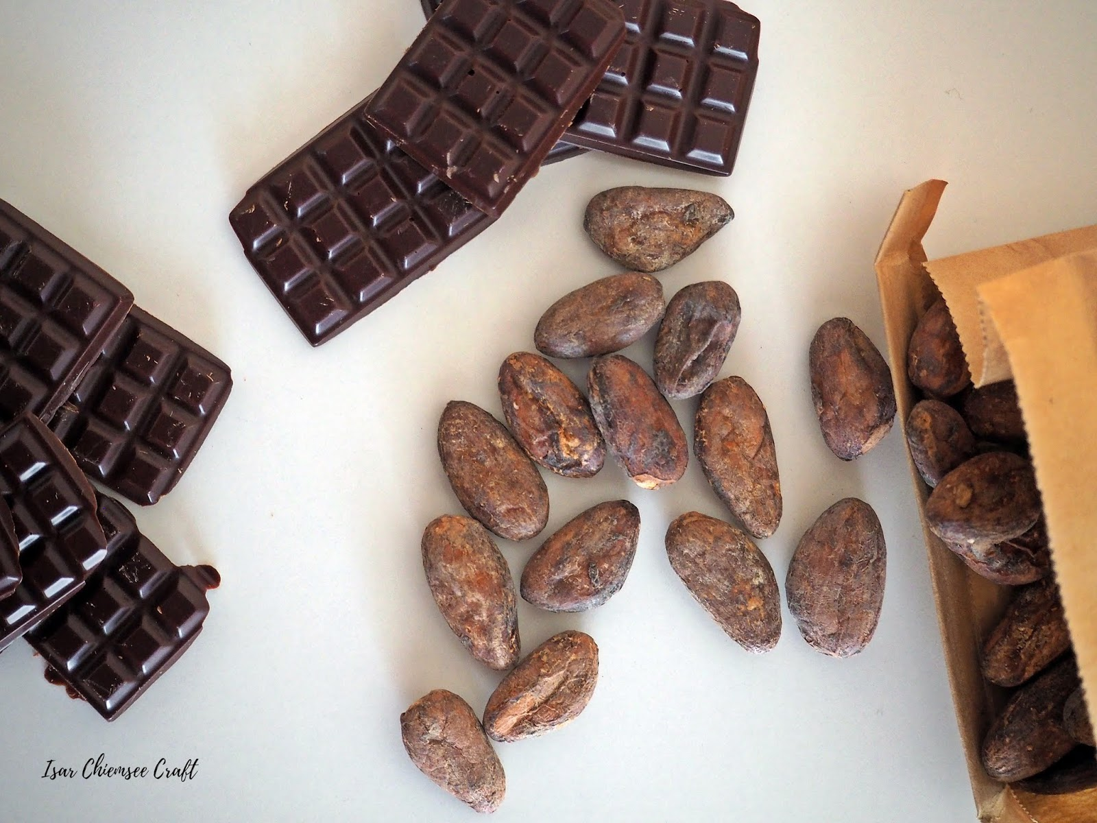 Gesunde Schokolade aus Kakaobohnen im Mixer selber machen