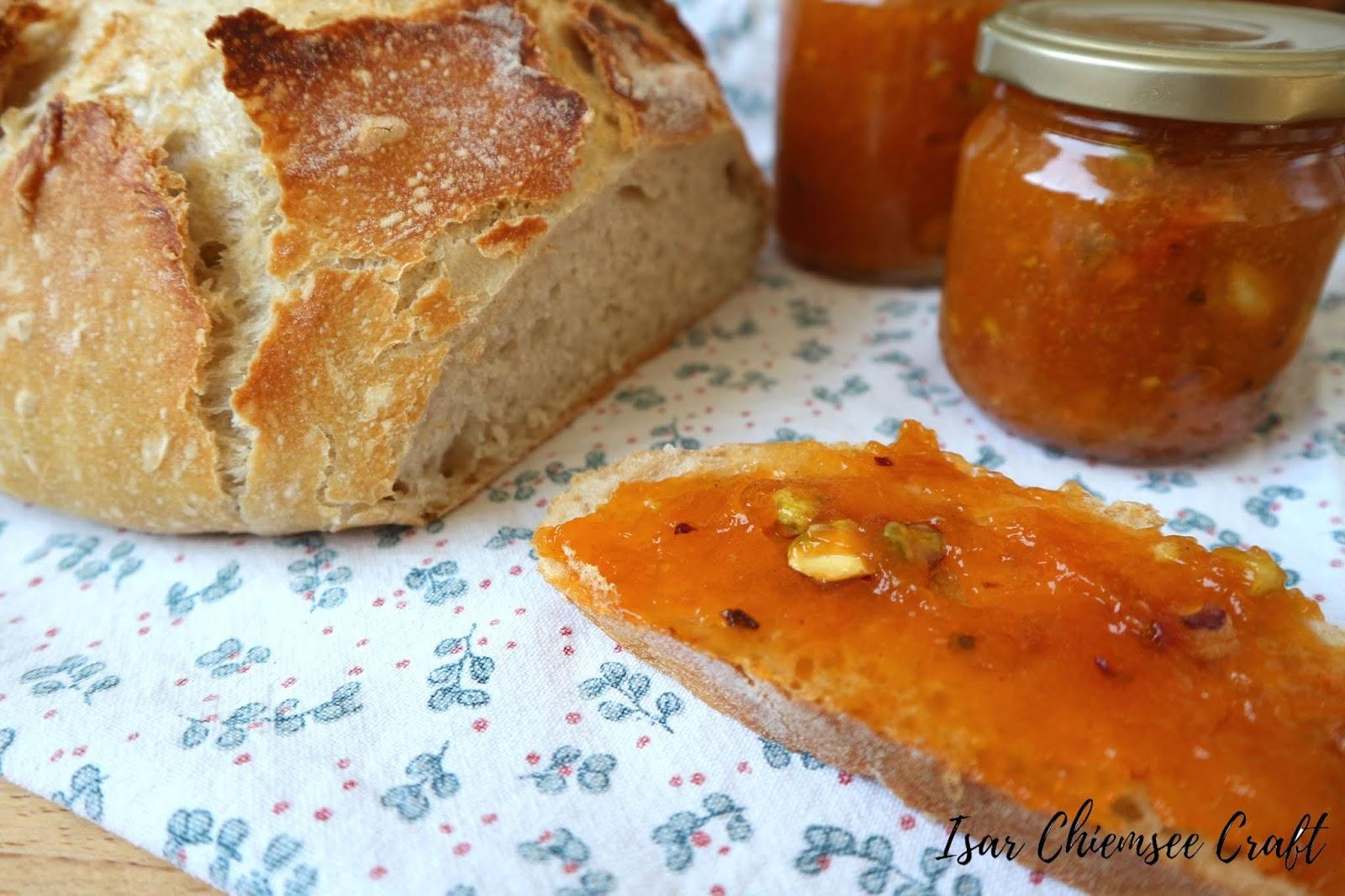 Aprikosen Marmelade mit Pistazien