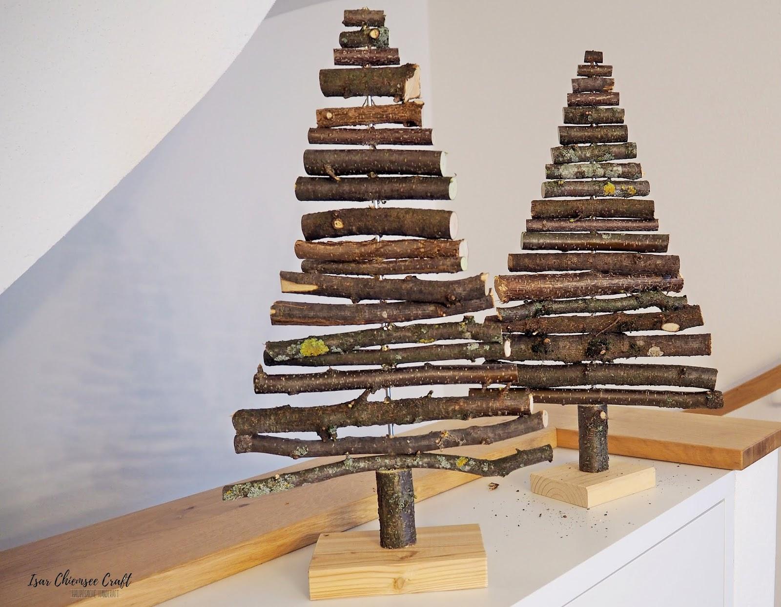 Nachhaltiger Holz Weihnachtsbaum aus Haselnusszweigen