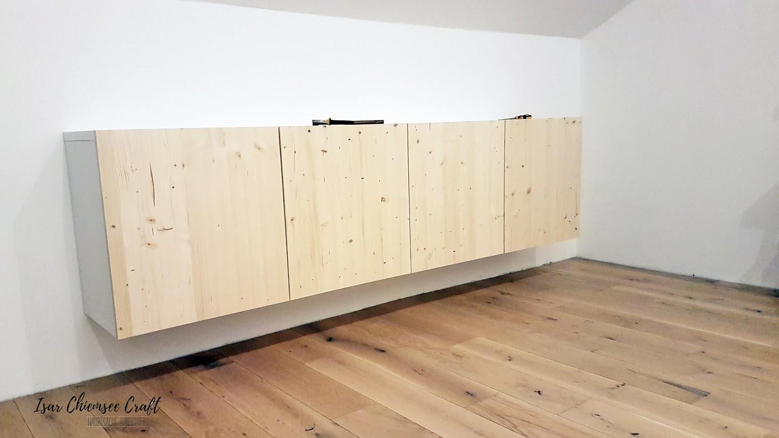 IKEA BESTÅ Hack mit selbst gebauten Türen aus Holz